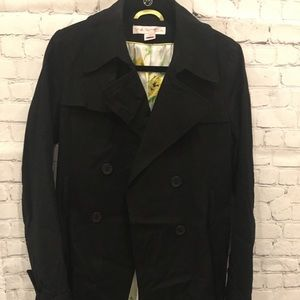 EUC Via Spiga Coat With Fun Patterned Lining
